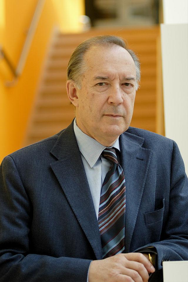 Emilio Bizzi